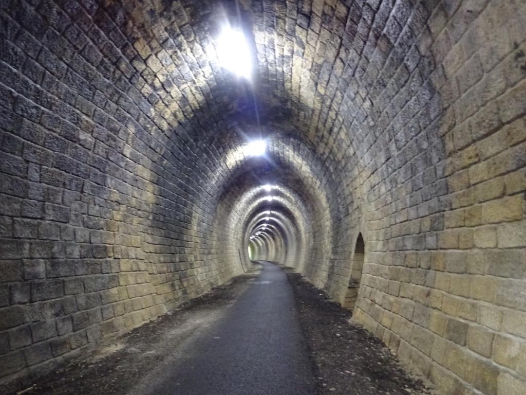 18 intérieur tunnel