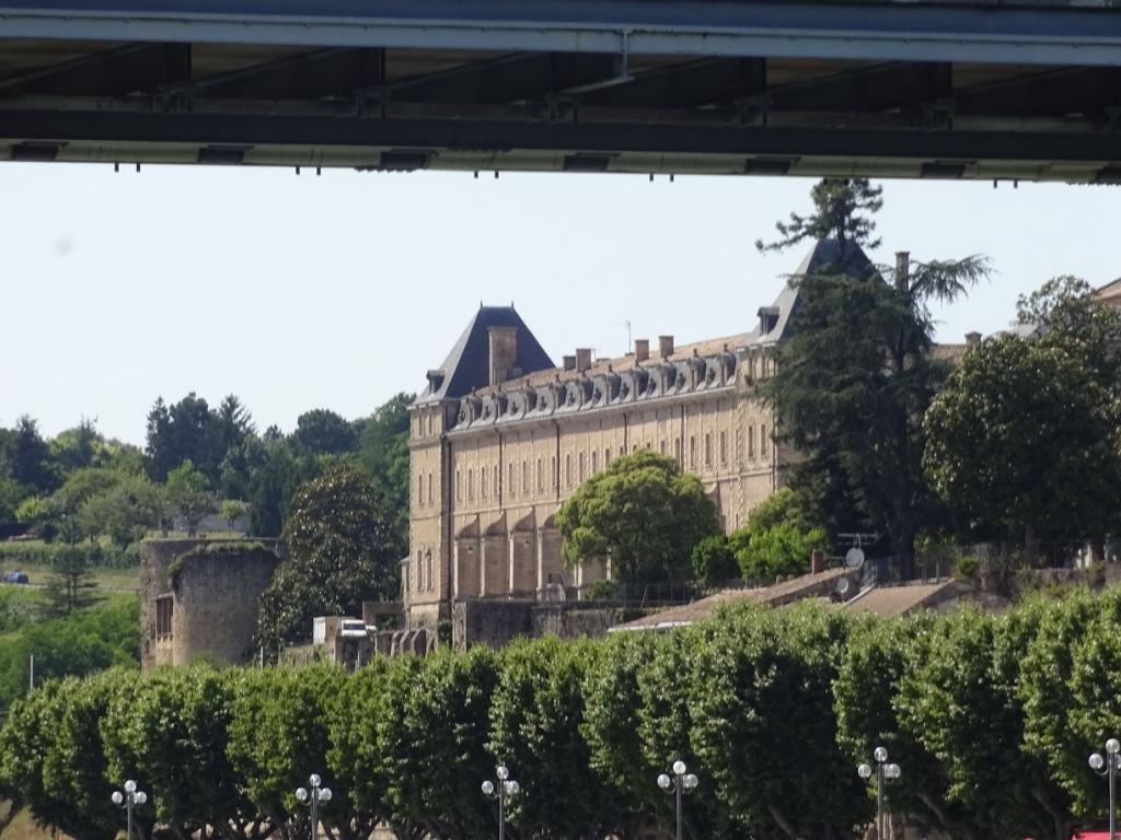 34 abbaye de la réole