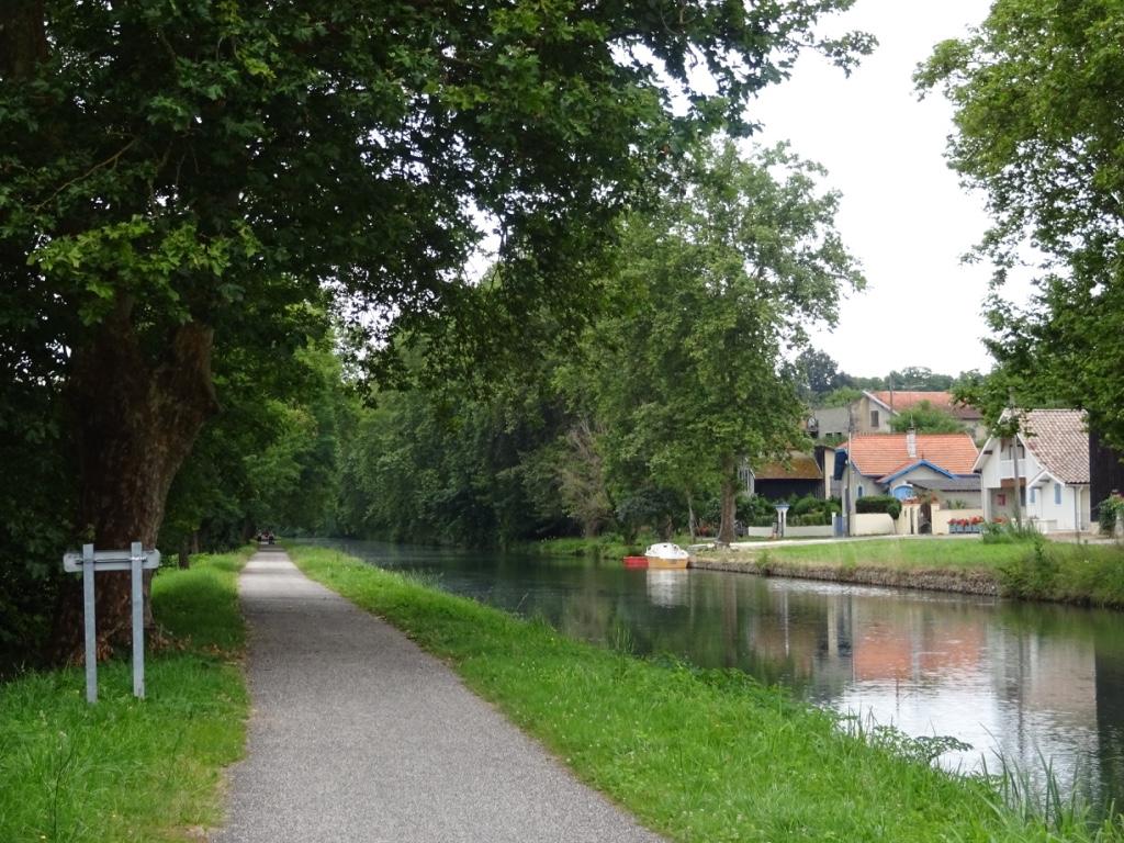 8 canal des deux mers