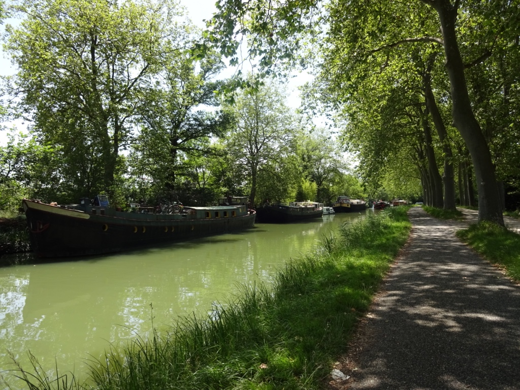 26 péniches canal
