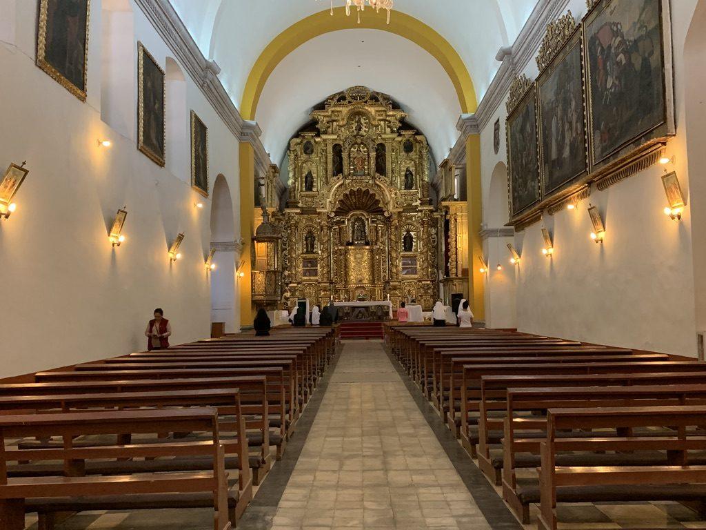 Intérieur temple Domingo
