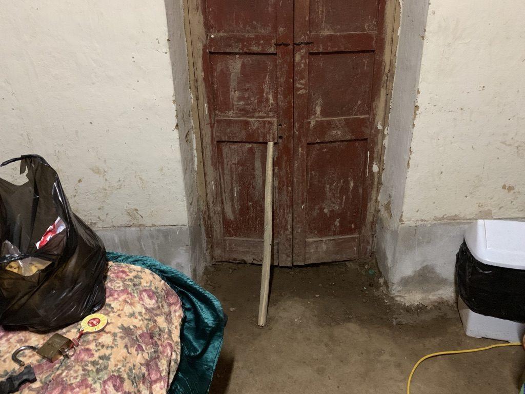 La fermeture de la porte de l'hôltel