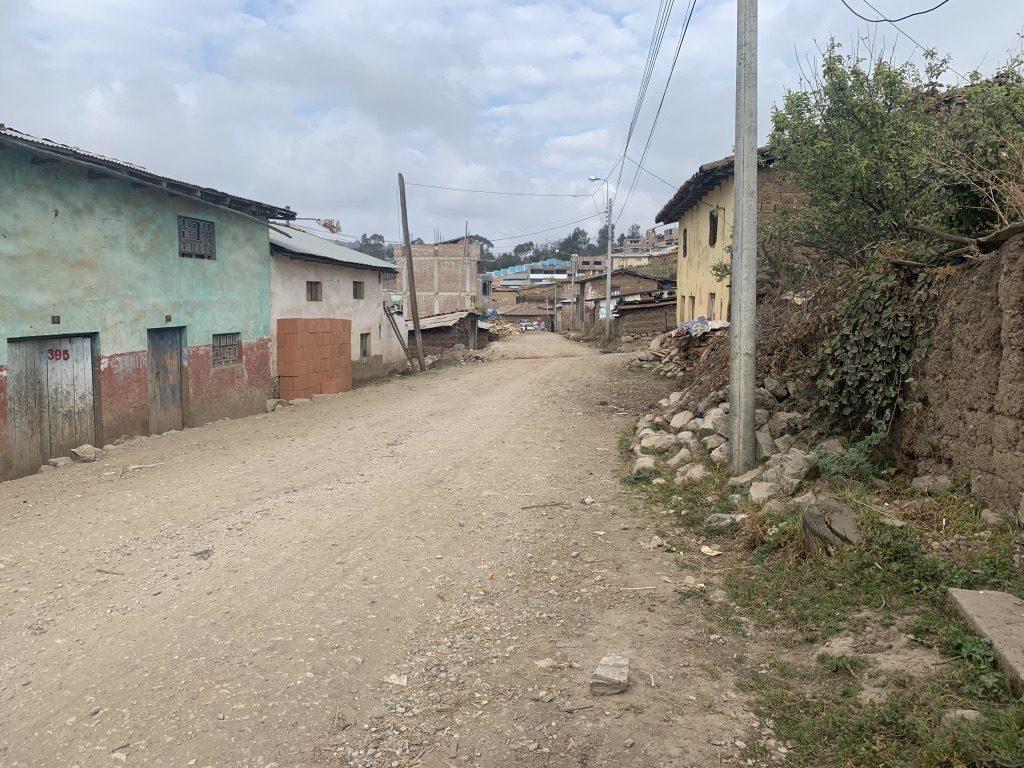 La rue d'accès