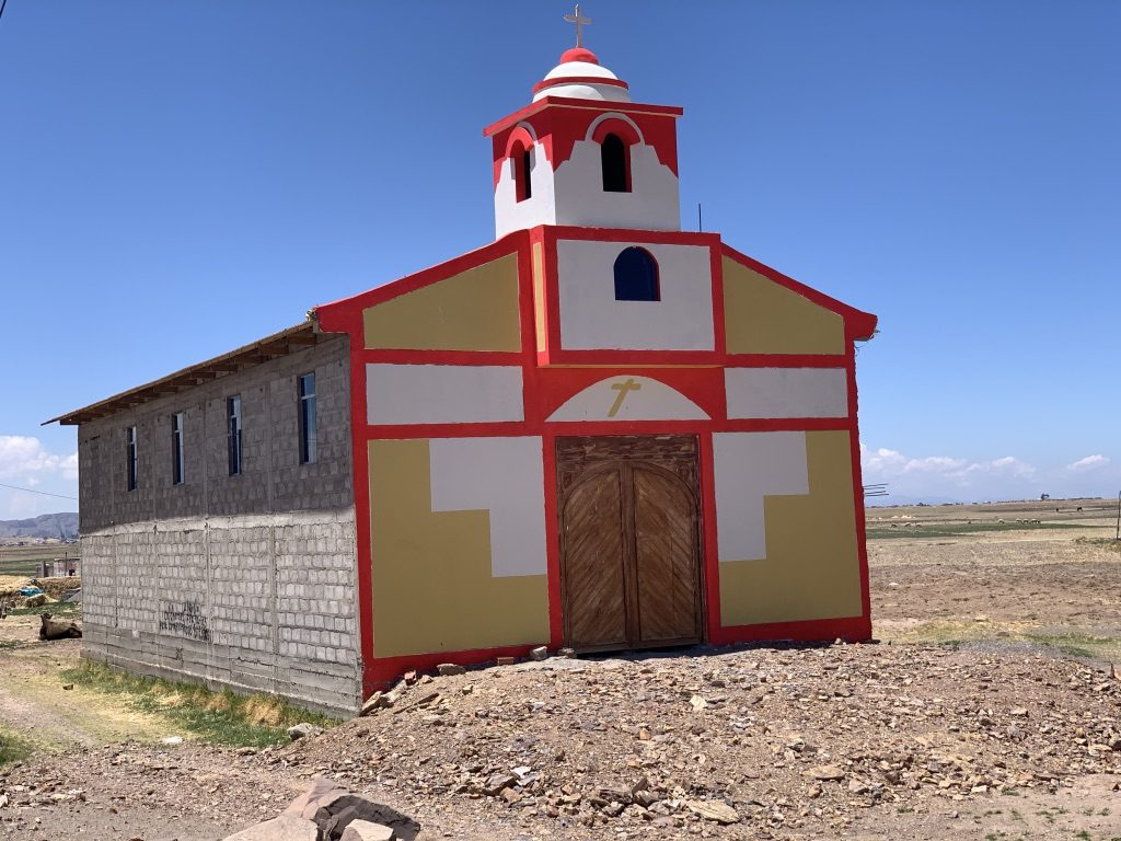 Une église de couleurs