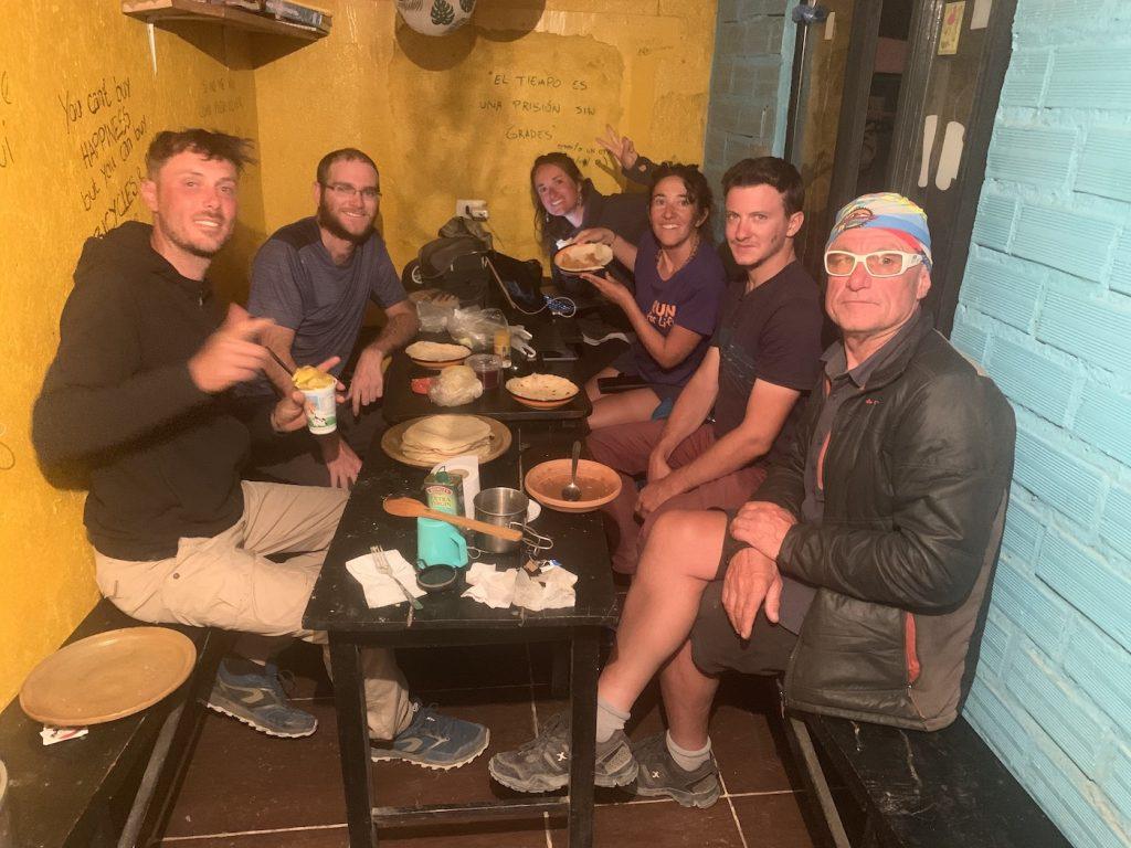 Panqueques vespertinos con Benoét, Cédric, Marion, Eloée y Sylvain