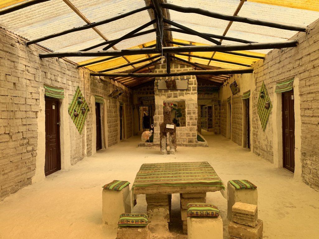 Un hotel de sal creado para el Dakar de París