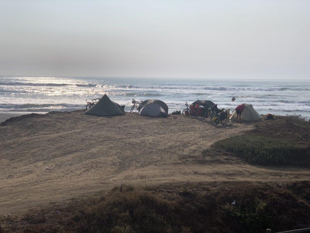 camping face à l'océan