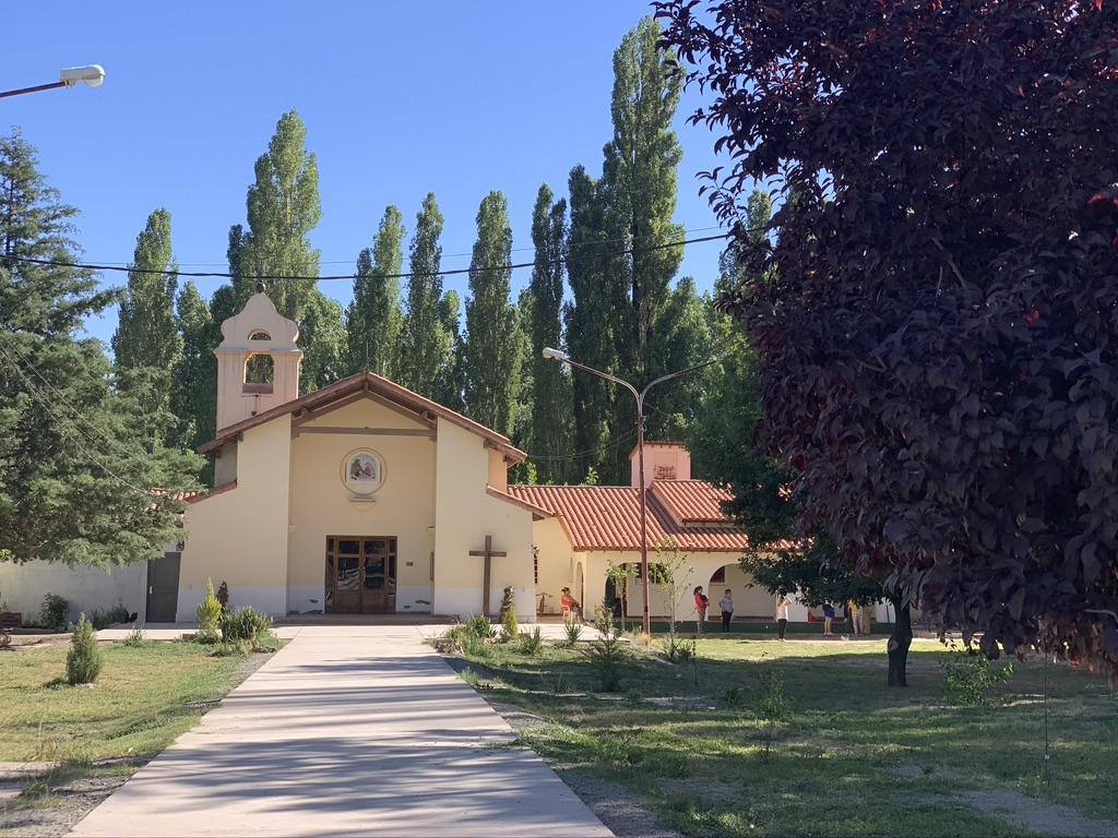 petite chapelle de campagne