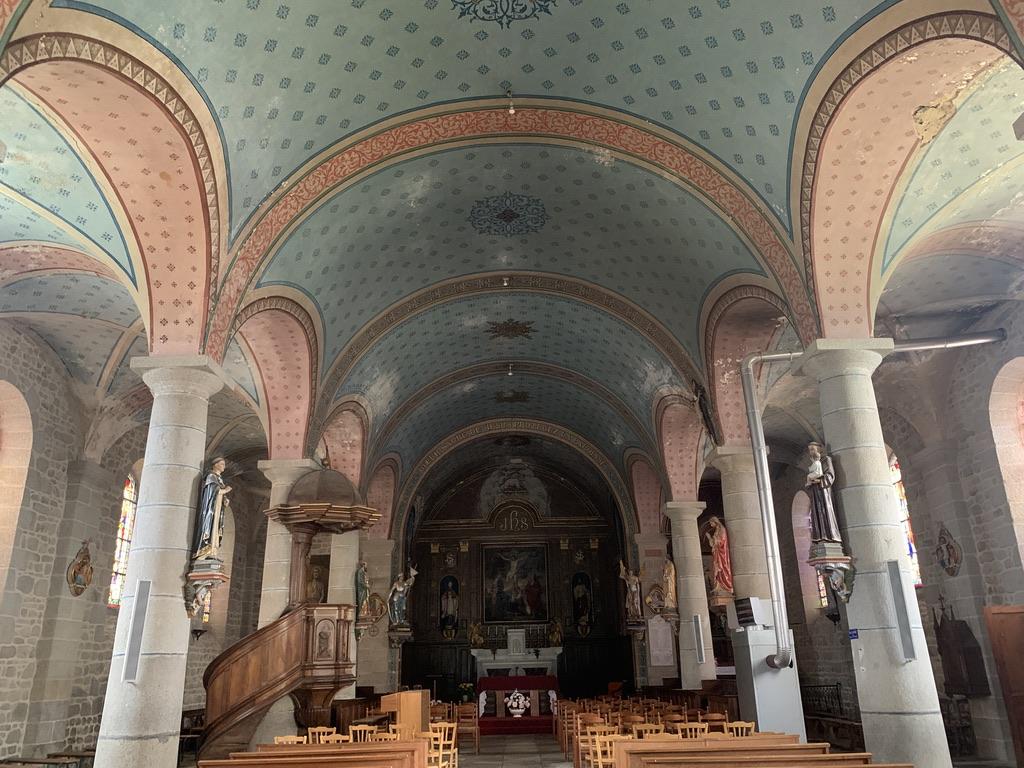 Magnifique intérieur de l'église de Crocq