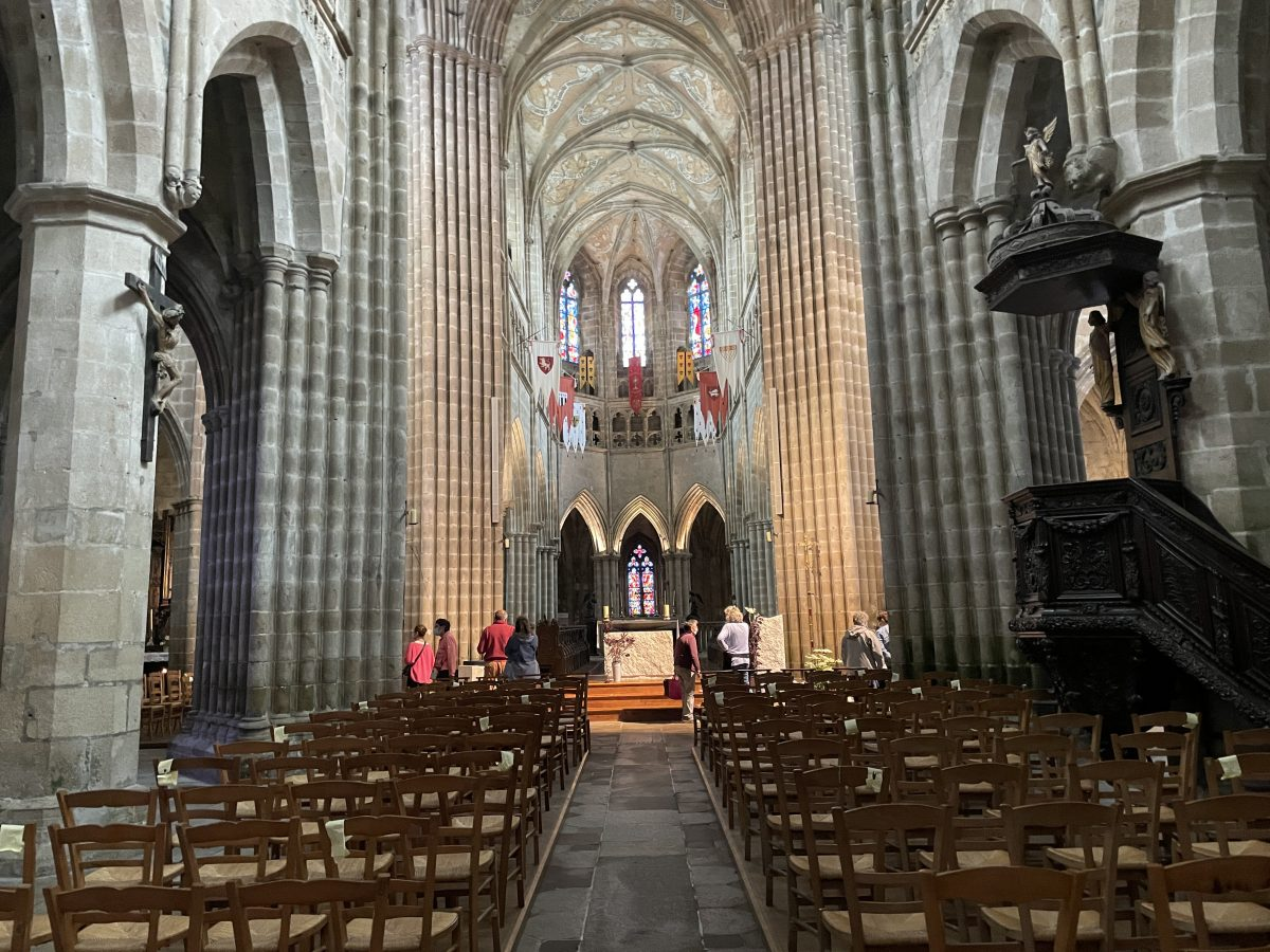 Intérieur cathédrale de Treguier