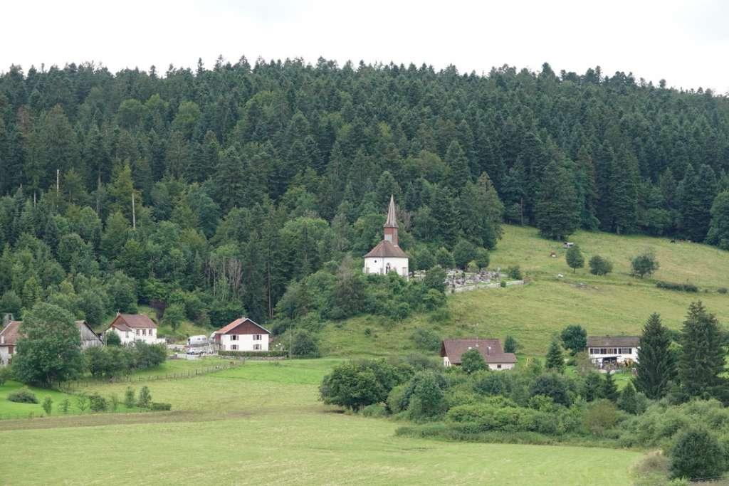 Petit village de montagne Jurasien