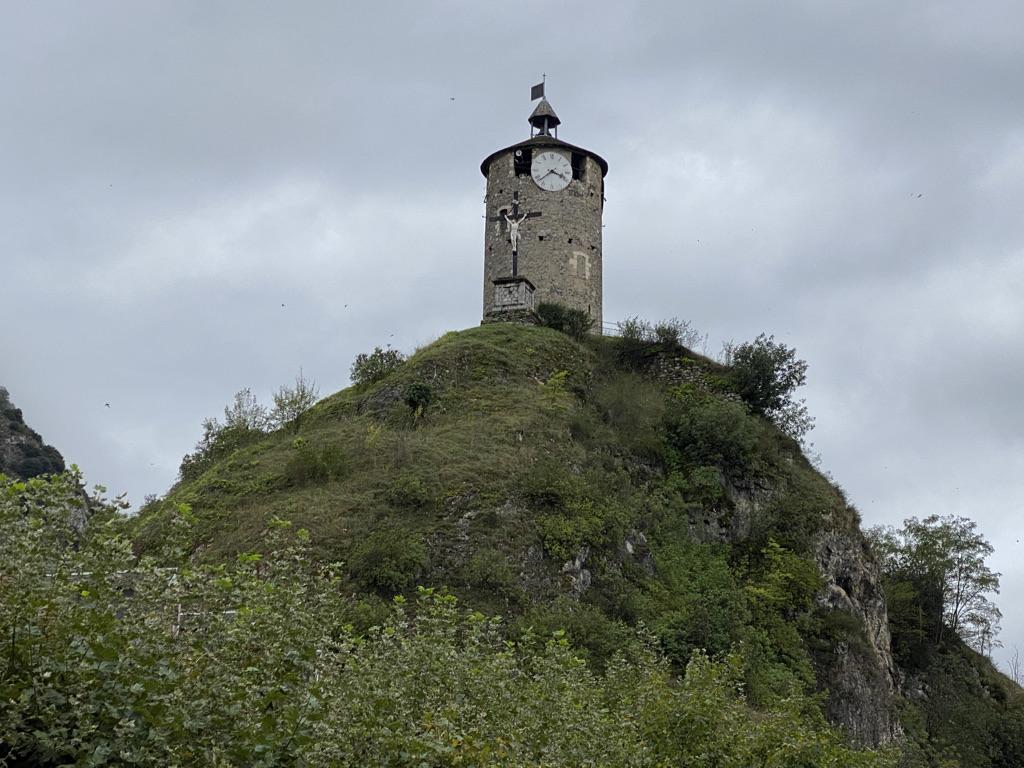 Tour du Castella à Tarascon-sur-Ariège
